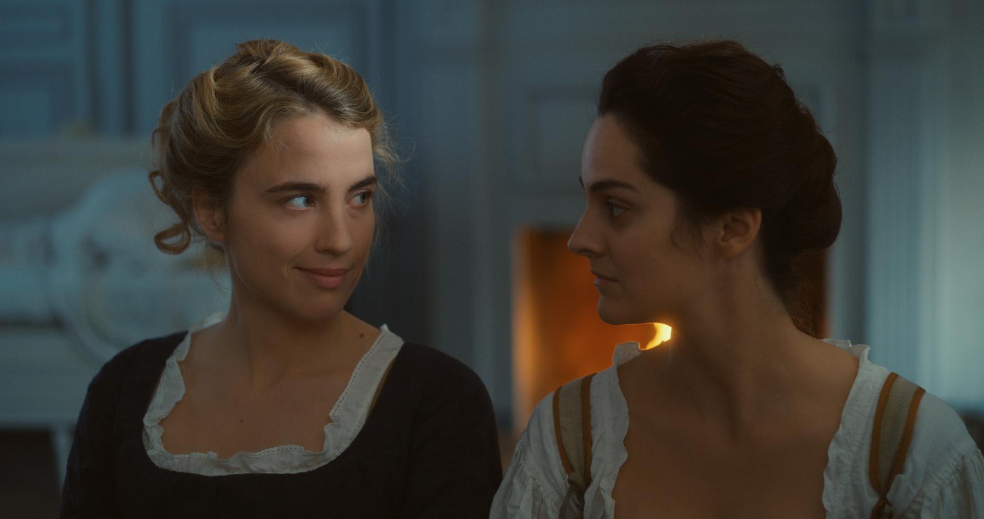 Actrices Noémie Merlant y Adèle Haenel,
